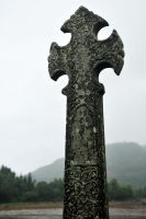 Celtic cross - Inveraray by wildplaces