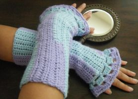 Purple and Blue Fan Armwarmer by ChibiSayuriEtsy