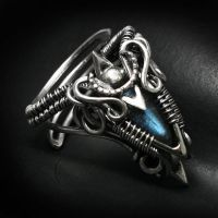 LUXEENTH Silver and Labradorite by LUNARIEEN