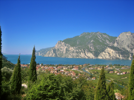 Garda Lake 2 by Untergunter