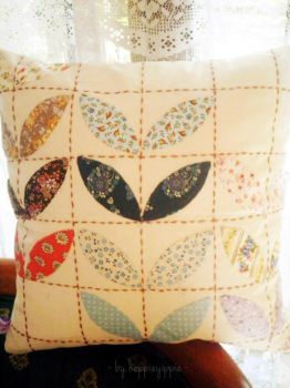 Quilt Pillow by heppieyippie