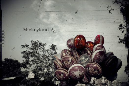 Disneyland or Mickeyland? by ajangajeng