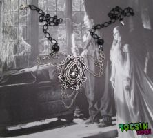 Gothic spiderweb necklace by TocsinDesigns