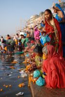 varanaasi-ganges-india by phototheo
