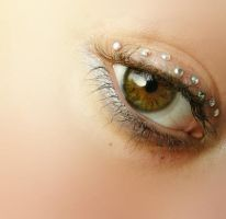 strass eye brown by erykucciola-sToCk