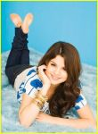 selena gomez wallpaper by knguyen4834