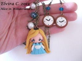 Alice in Wonderland necklace+earrings by elvira-creations