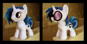 Vinyl Scratch Filly by fireflytwinkletoes