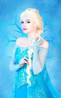 Queen Elsa 2 by Usagi-Tsukino-krv
