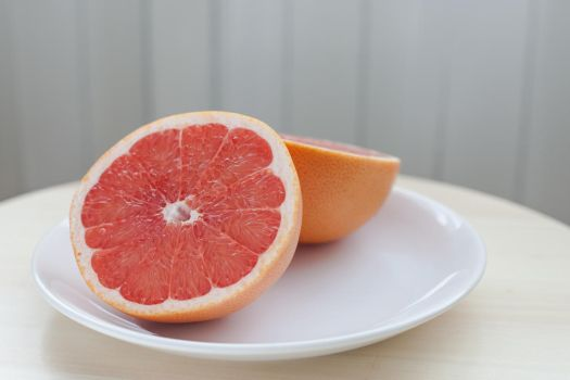 Two halfs of Vitamin C by creess
