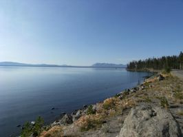 Yellowstone Lake Shoreline by rioka