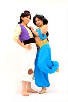 Aladdin and Jasmine by Misuzu-Suu