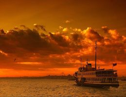 Leaving Kadikoy by HKi