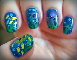 Underwater nails by Lyralein