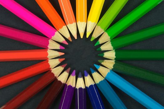 Colouring pencils by roki