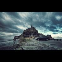 Mont Saint M by hollowg