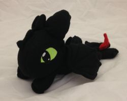 How to Train your Dragon - Toothless beanie plush by Kitamon