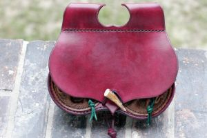 A red belt pouch for a LARP 1 by djorll