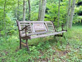 Old Bench by thypentacle