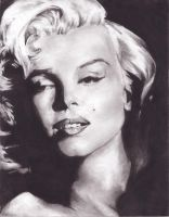 Miss Monroe by domtig