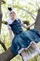 Youmu 5 - Chillin' on a tree by simakai