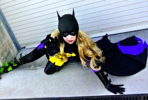 Batgirl: Tangled With The Wrong Villain by kay-sama