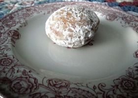 Mini Powdered Doughnut by SugiAi