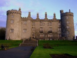Kilkenny Castle by Refract