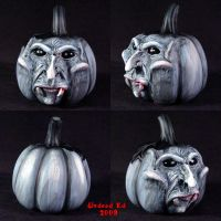 Rotten Pumpkin deco vampire by Undead-Art
