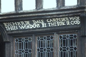 Window Carving by Vincent-Malcolm