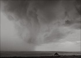Storm coming by aponom