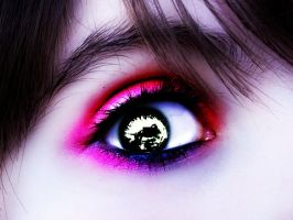 Pink And Purple Eye Makeup by UndeadPictures