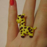 Giraffe Ring by delicioustrifle