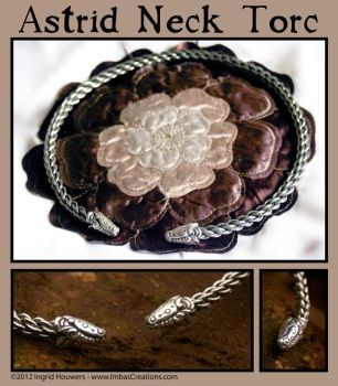 Astrid Torc by Illahie