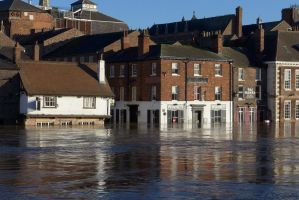 Floods at York - Kings Arms by bobswin