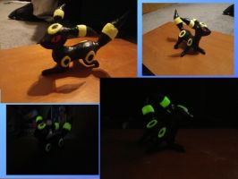 Glow in the Dark Umbreon Sculpture by Drawmons
