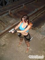 Lara Croft Comic Cosplay by Val-Raiseth
