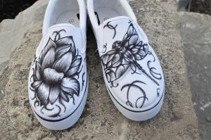 Flower and Dragonfly Shoes by P-O-R-K-Y