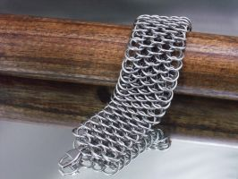Mens Dragonscale Bracelet by Pharewings