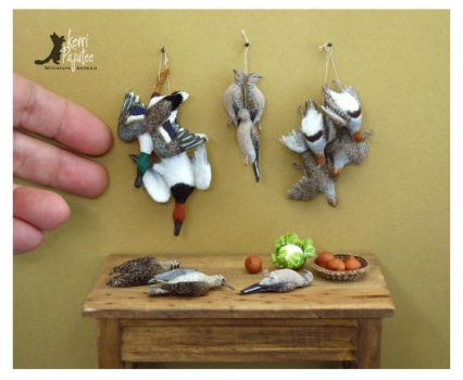 Miniature Game Birds sculptures by Pajutee