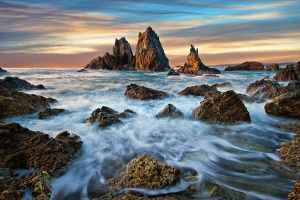 The Pinnacles by Michaelthien
