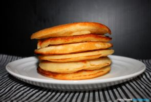 Pancakes for Breakfast 2 by munchinees