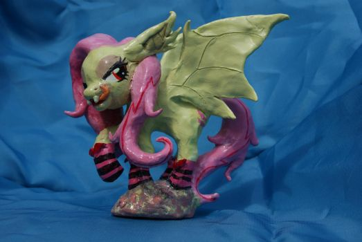 Flutterbat Sculpture (for sale) by Chibi-C