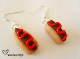 Hot Dog Earrings by bruisepristinex