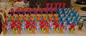 Lots of Ponies for EverfreeNW 2012 by OtakuSquirrel