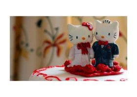 HelloKitty Wedding Cake Topper by jensensi