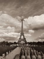 Eiffel Tower by xXCold-FireXx