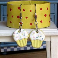 Yellow Confetti Cupcakes earri by Miss-Millificent