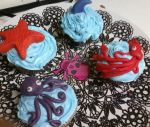 Sea Creatures cupcakes by iheart8bit