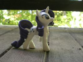 My Little Pony FiM Rarity Sculpture by Reyndrys
